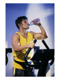 drink water to help build muscle