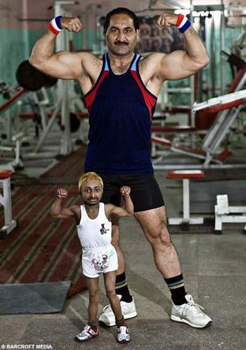 world's smallest bodybuilder